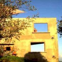 Hix Island House exterior