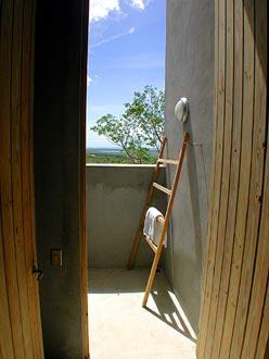 casita 6-outdoor shower