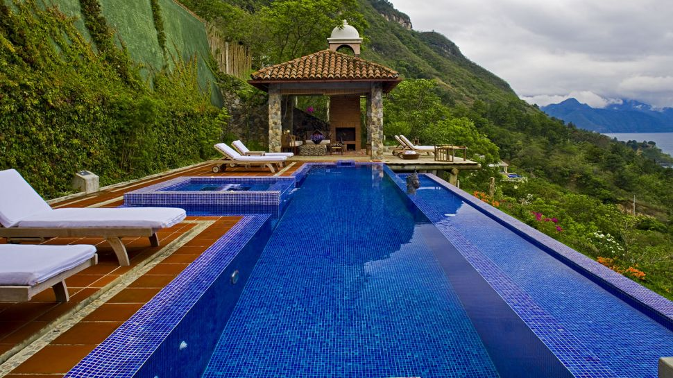 Casa Palopó pool