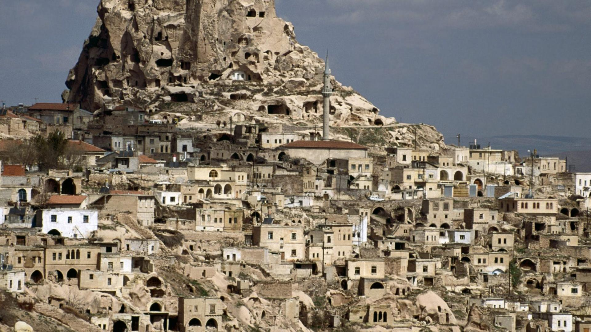 palmlix.com-cave-dwellings-of-cappadocia-turkey-of-asia